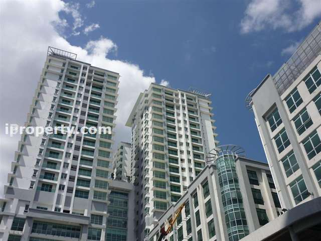 Kiara Designer Suites Condominium - Photo 2