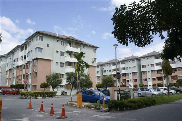 Sutera Apartment - Photo 3