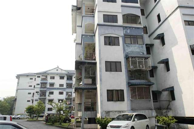 Lembah Maju Apartment - Photo 6
