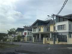Casa Reina Puncak Saujana Kajang, Kajang