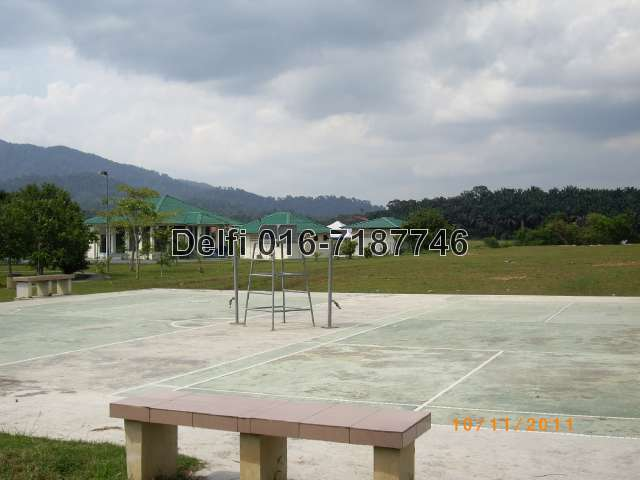 Badminton field