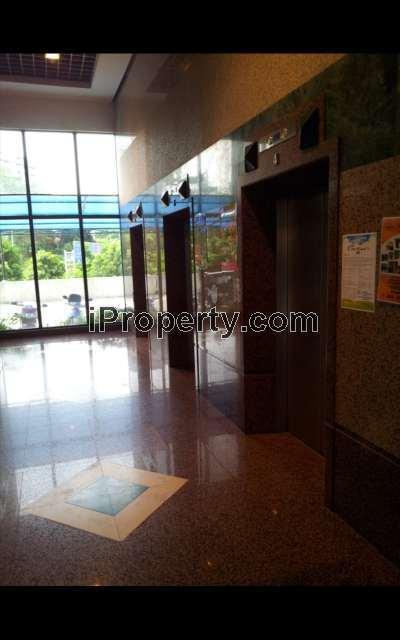 High Class Lobby