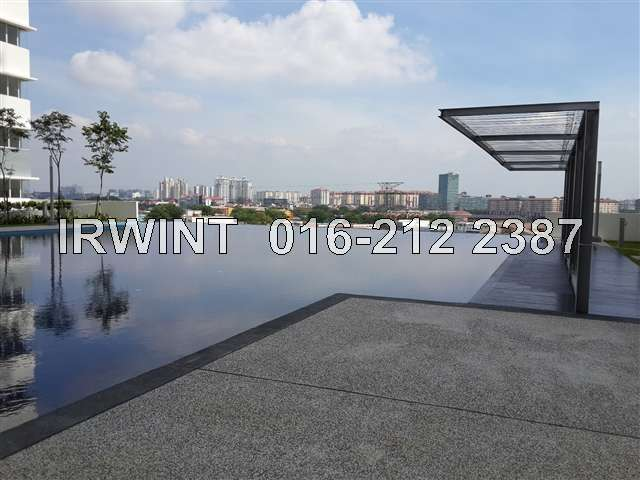 Condominium for rent in koi kinrara suites puchong for rm for Koi kinrara swimming pool