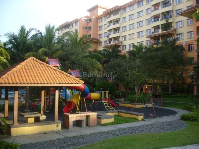 Service apartment sri akasia apart end 6 11 2018 3 35 am Public swimming pool in johor bahru