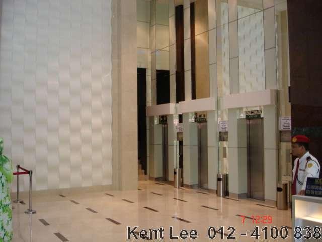 Menara Genesis, Lifts lobby