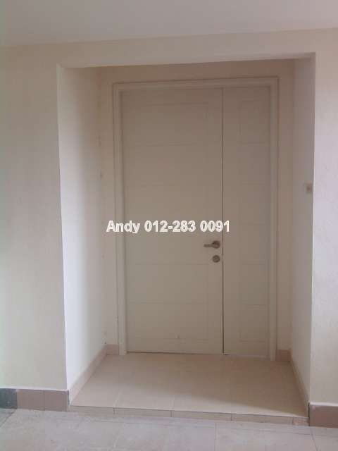 4.5 feet x 8 feet Main Door