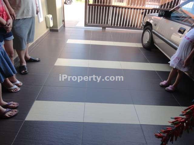 Car Porch Homogenous Tiles