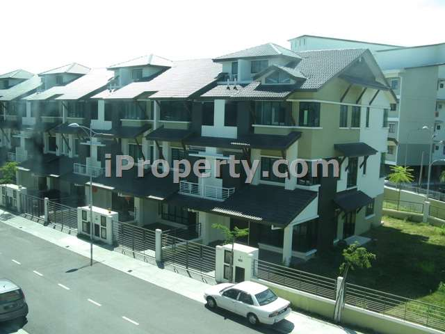 Batu maung 3 sty terrace link house for sale in for Terrace 9 classic penang